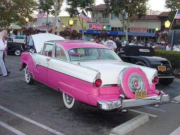 ford fairlane  PinkCarAuction