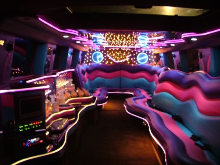 pimping pink limos pink panthers american pie pinkcarauction. Black Bedroom Furniture Sets. Home Design Ideas